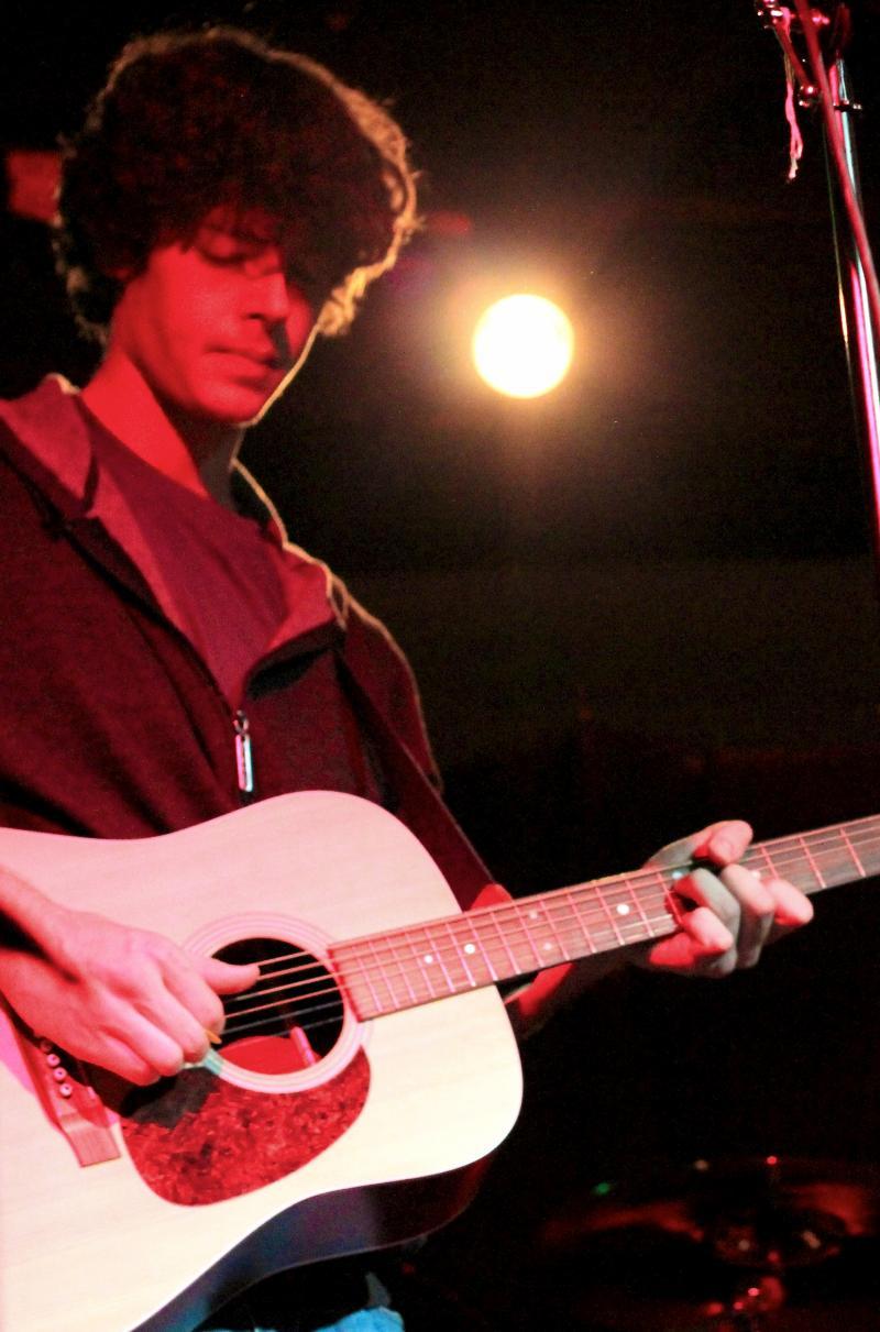 Singer/Songwriter Johnathan Loos.