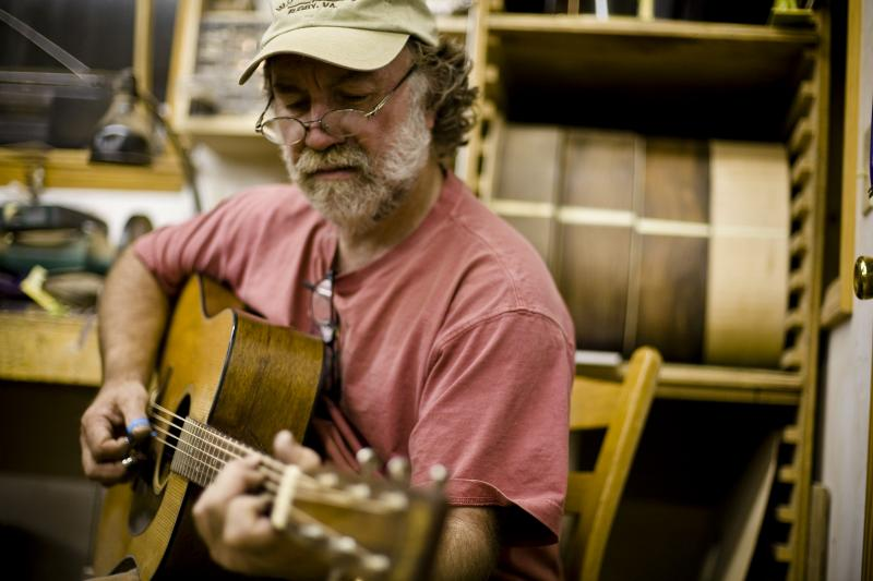Guitarist and luthier Wayne Henderson.