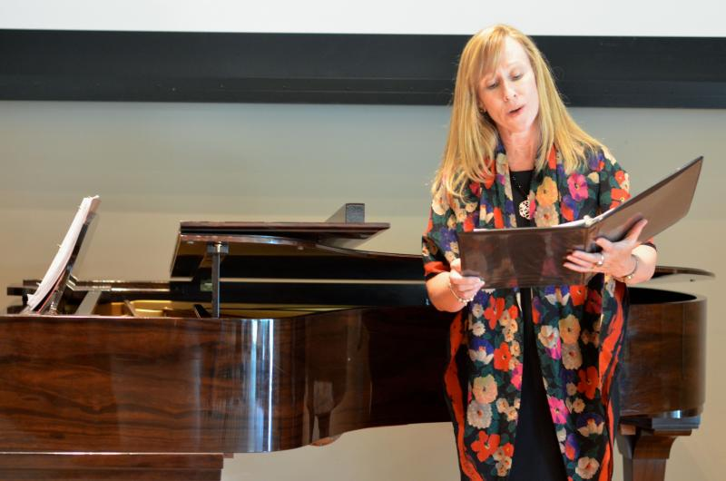 Messo-soprano Janine Hawley will perform at A Bouquet of Music.