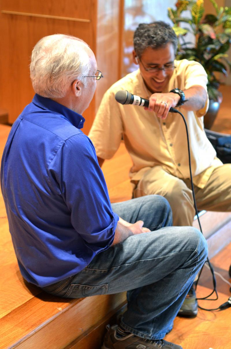 David Ford chats with composer Ken Frazelle.