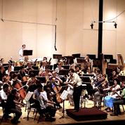 Music Director Gerard Schwarz conducts Eastern Festival Orchestra