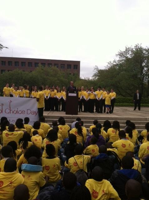 Frank Biden talks to hundreds of charter and virtual school supporters, parents and kids gather at Florida's Capitol