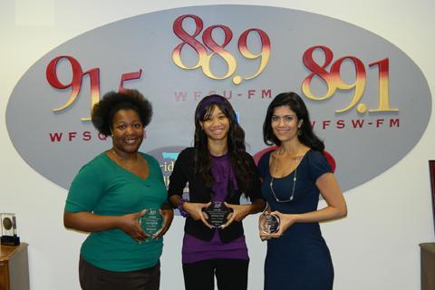 Lynn Hatter, Sascha Cordner and Jessica Palombo holding awards