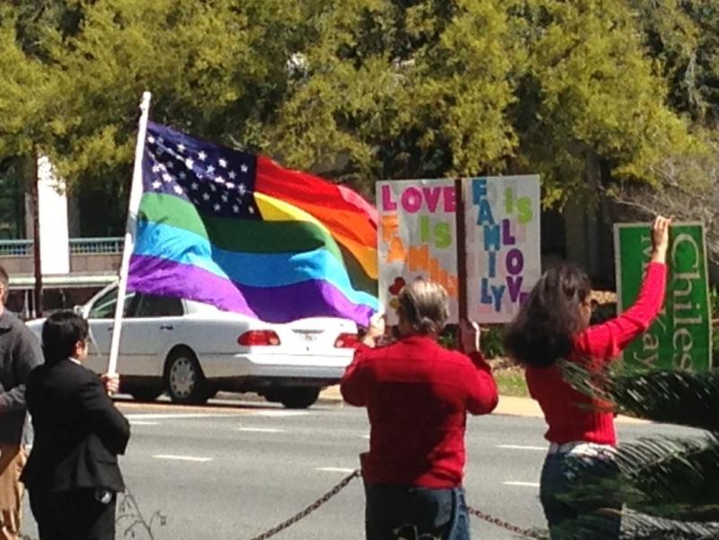 Gay Rights Group Considering Lawsuit Challenging Fla Same