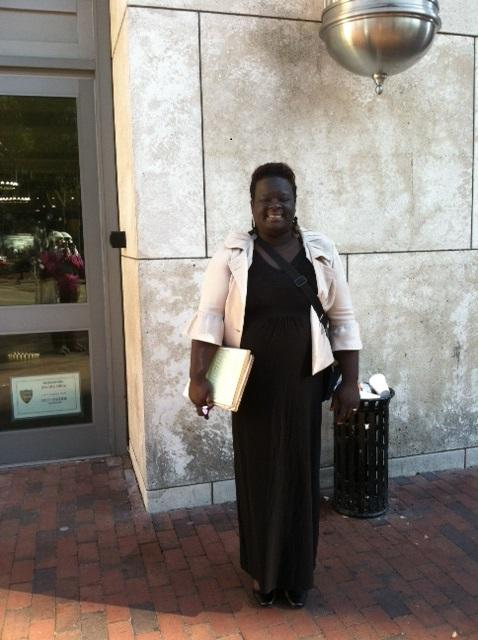 LaTara Graham gathers amendment petitions in downtown Jacksonville