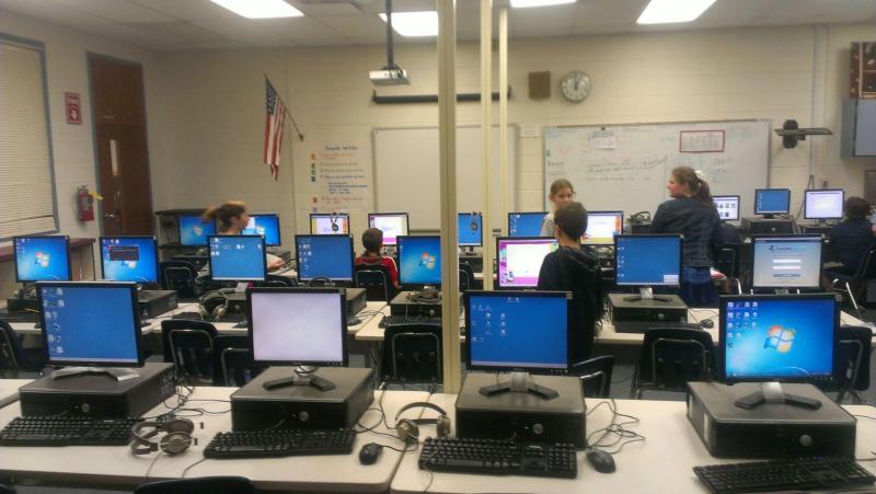 Computer labs at Buck Lake Elementary School