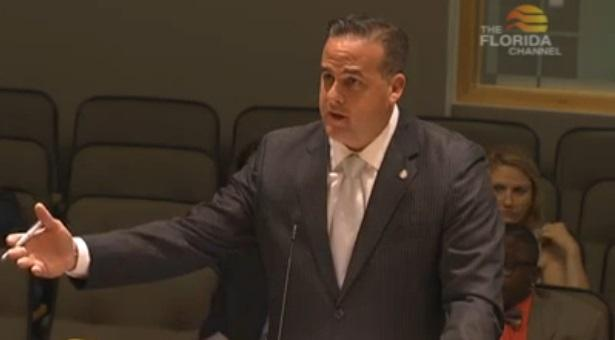 Frank Artiles (R-Miami) introducing his bill.