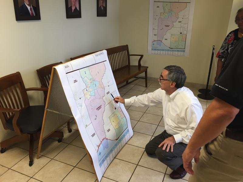 Jefferson County's map drafter Kurt Spitzer answering questions about one of the draft maps.