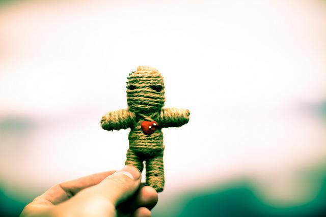 Brad Bushman's study measured couples' anger using voodoo dolls.