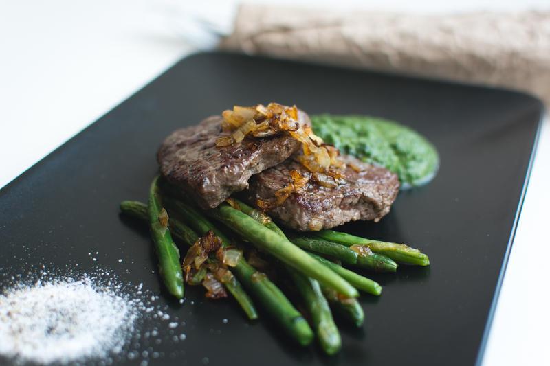 A paleo diet steak
