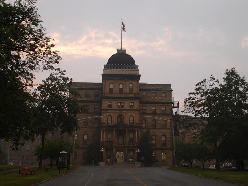 Main building at Greystone Park Psychiatric Hospital in Morris Plains, New Jersey; demolished in 2015.
