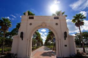 New College Arch and Dort Promenade.