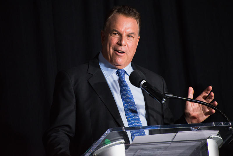 Debuting in his first debate as a candidate, Palm Beach County billionaire and real estate tycoon Jeff Greene pushes the issue of education repeatedly, expressing his disappointment in the low reading level of Florida students.