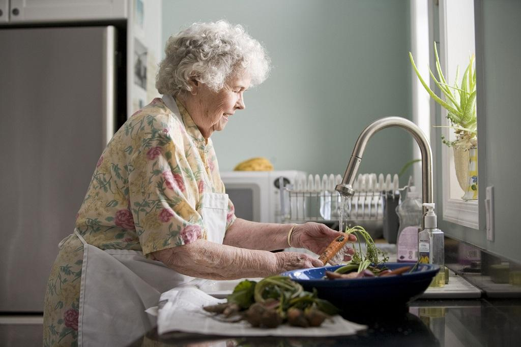 Preventing Elderly Self Neglect With Healthy Foods