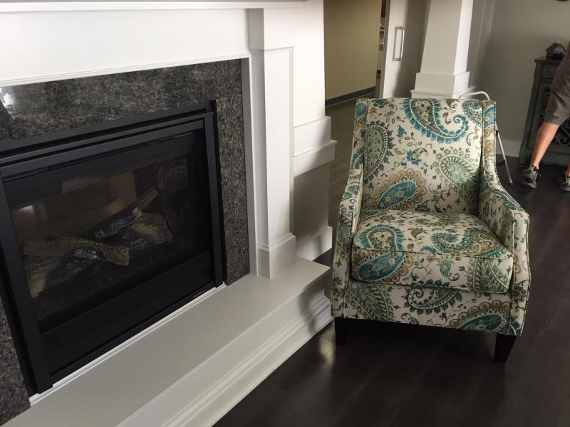 Family members can take a seat by the fire.