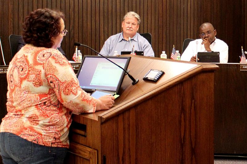 Sue Feldkamp addresses the Bloomington City Council