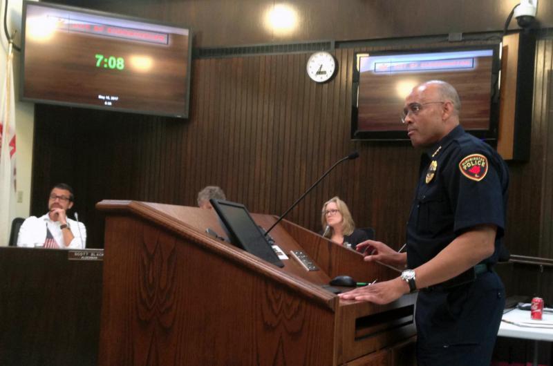 Chief Heffner talks to aldermen