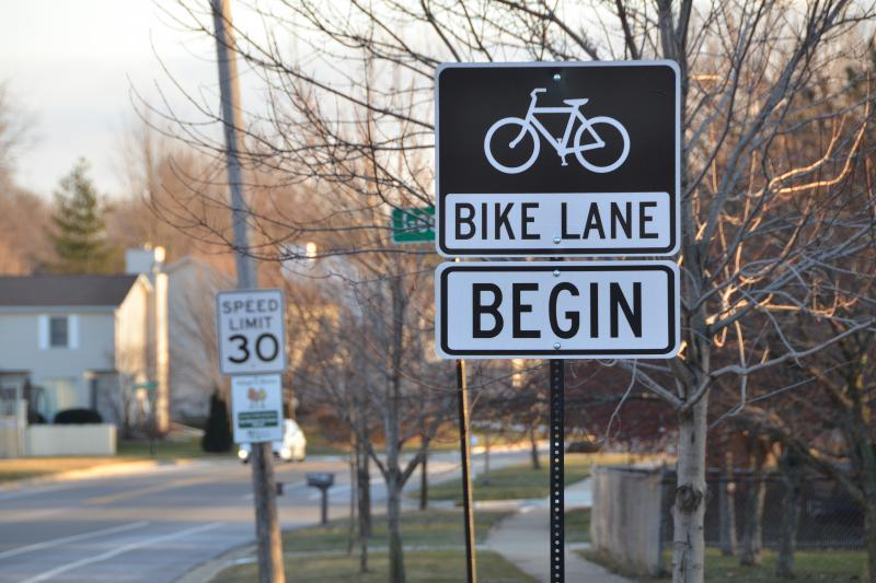 The plan is to put bike lanes on Washington Street from Saint Joseph Drive on the east to Lee Street on the west.