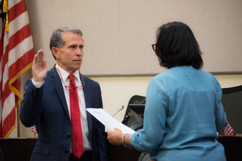 Bloomington Mayor Tari Renner at his swearing in earlier this year.