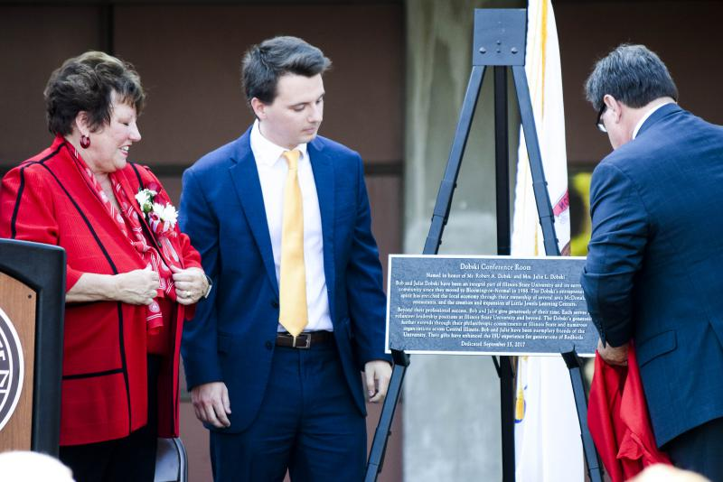 Illinois State University President Dietz and Student Body President Beau Grzanich unveiled a plaque