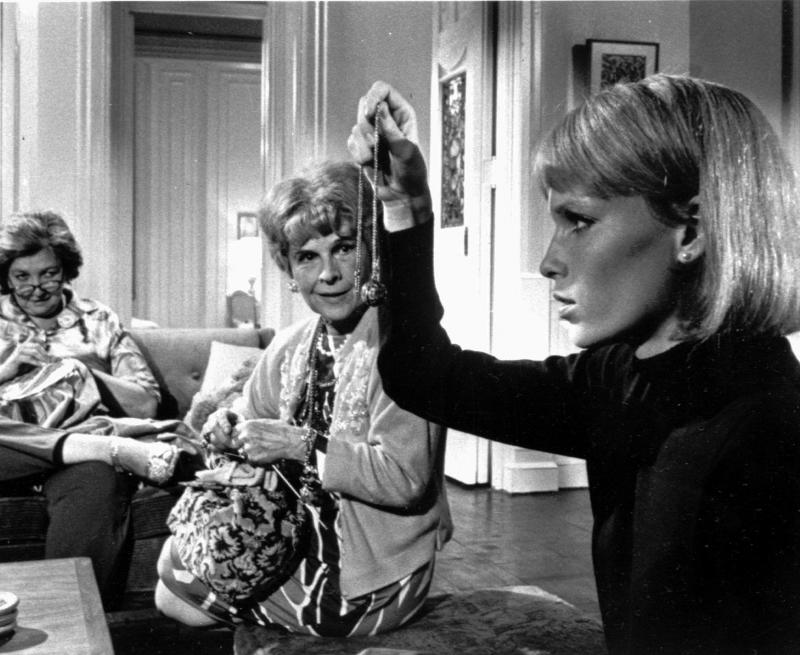 Actors Ruth Gordon (L) and Mia Farrow