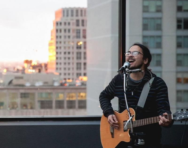 Kyle Yap in 2014 performing at 52Eighty Rooftop Lounge in Chicago