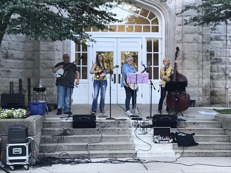 A bluegrass band performs on ISU's quad