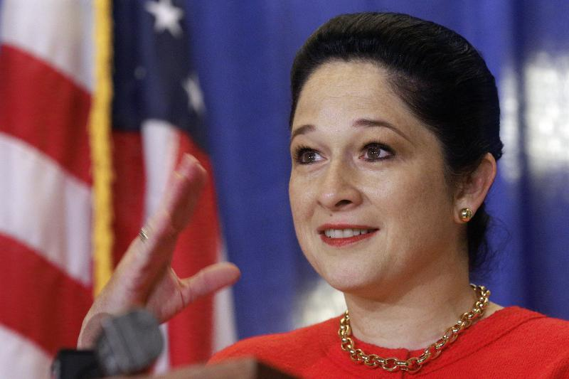 Illinois Comptroller Susana Mendoza speaking to supporters after being sworn into office on December 5, 2016.