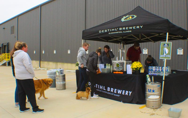 Highlights from the Barks & Brews pet adoption event on Saturday, Sept. 29, 2018, at Destihl Brewery and hosted by Pet Central Helps.