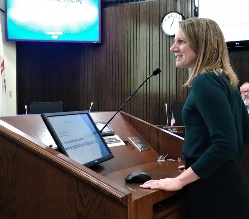 Corin speaks to aldermen