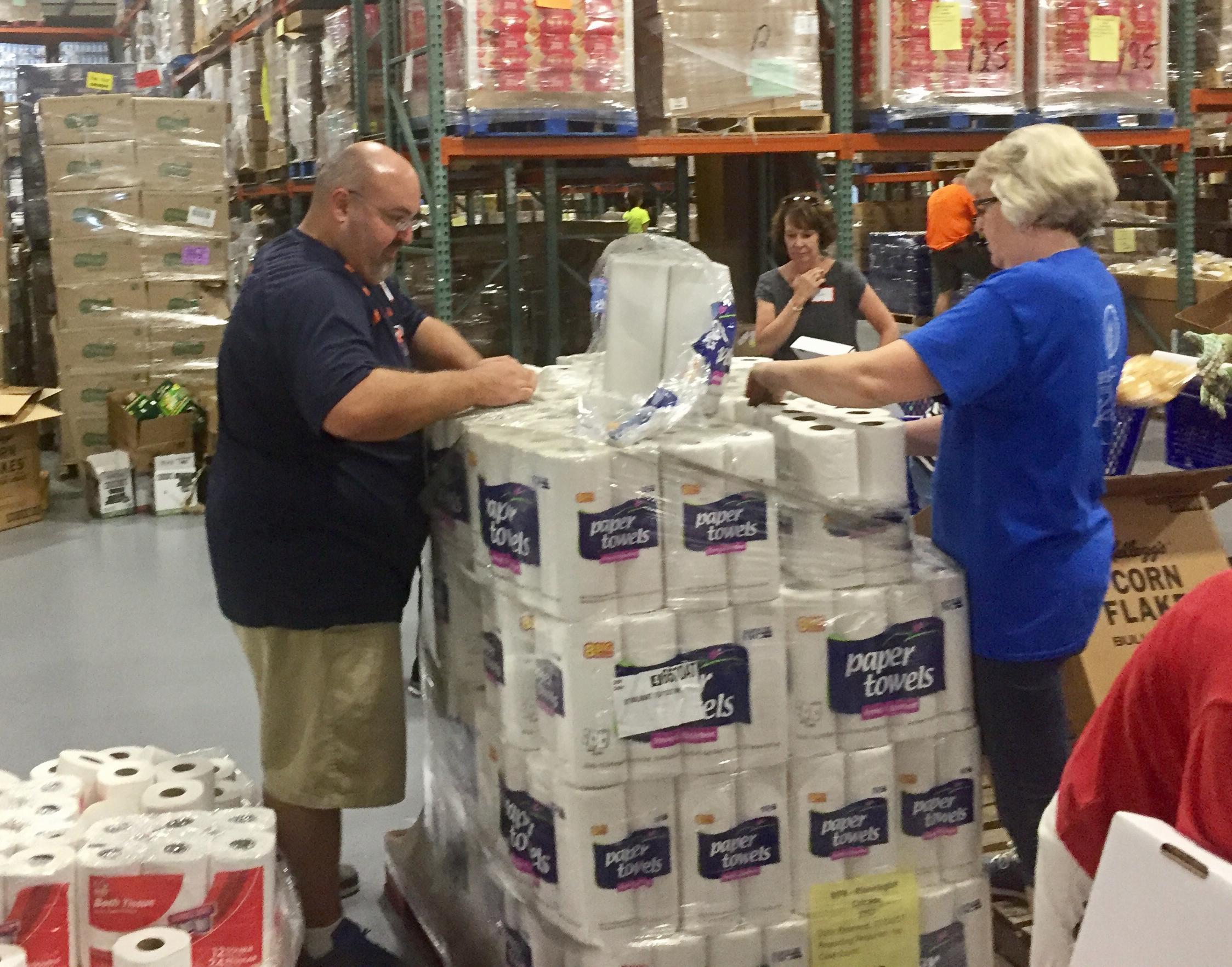 Food Banks Volunteer For Kids
