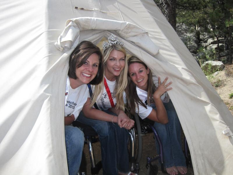 Ms. Wheelchair California 2009 Alyson Roth, Ms. Wheelchair America 2009 Michelle Colvard, and Ms. Wheelchair America 2010 Erika Bogan