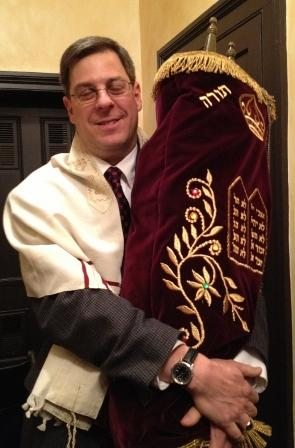 Rabbi Brian Zimmerman, leader of the South District of the Union for Reform Judaism, who installed his longtime friend Rabbi Paul Sidlofsky.