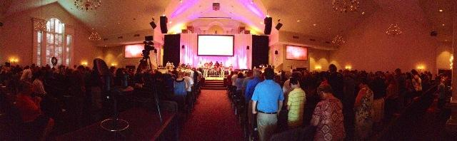 A panoramic view of one of First Baptist Jacksonville's recent services.