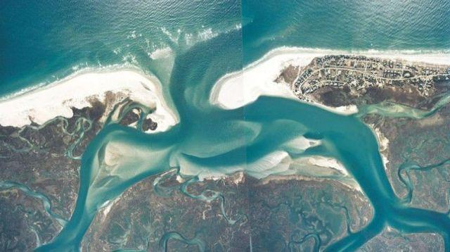 An aerial view of Rich Inlet at Figure Eight Island