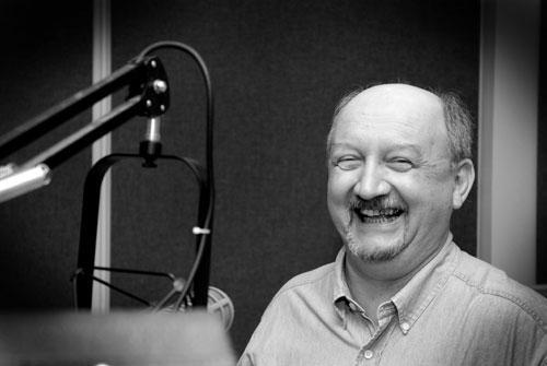 Host George Scheibner