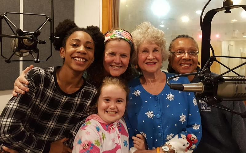 Ana Johnson, Elizabeth Hester, Brenda Harriss, Lisa Johnson (l-r), and Mary Elizabeth (f)