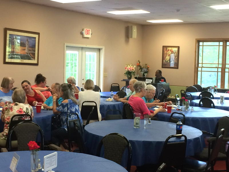Roosevelt entertains diners at the monthly fish fry