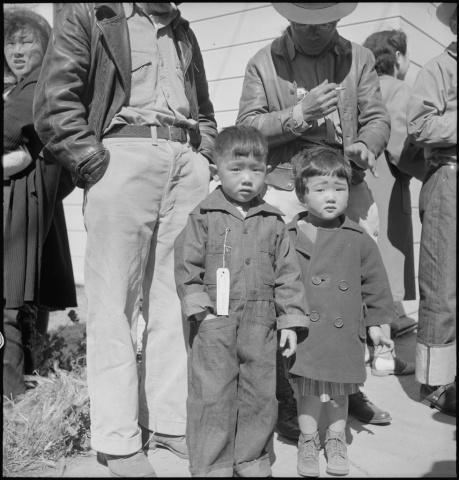 Whole families are imprisoned after the Japanese attack on Pearl Harbor.