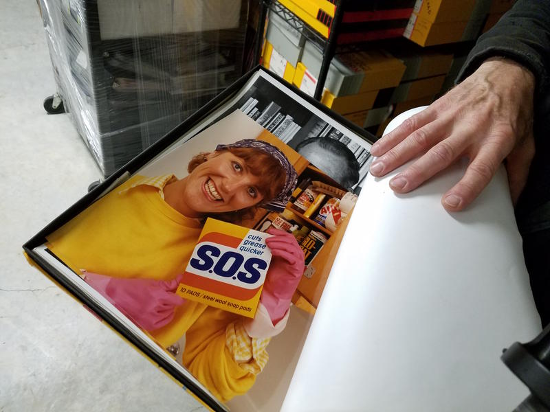 A photo from an advertising campaign for S.O.S. scrubbing pads in the early 1990s.