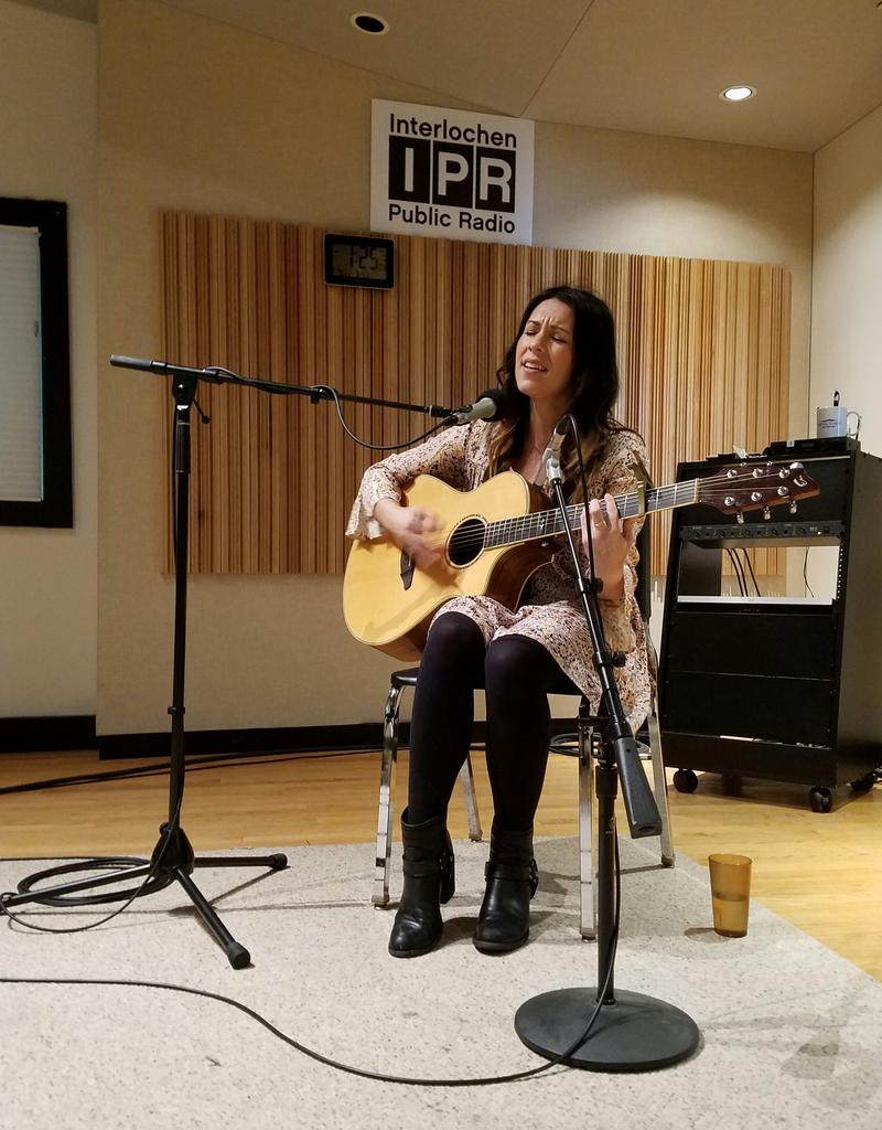 Jetty Rae performs a song off her new album, 'Can't Curse the Free' in IPR's Studio A. The album features a different sound from Jetty's previous projects.