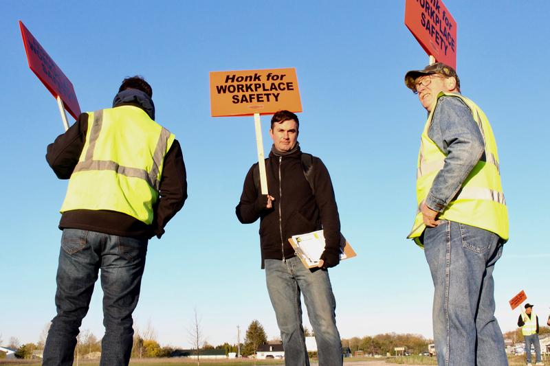 John Coleman, organizer for the Sheet Metal Workers Local 7 union, stands at the picket line outside St. Marys Cement Plant.