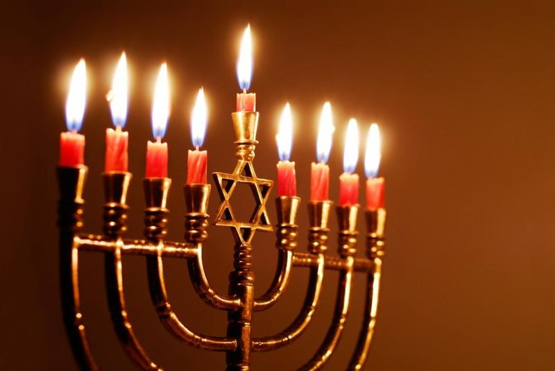 KC Ep. 71 - Winter Holiday Week! Tuesday: O Chanukah, O Chanukah. Interlochen Public Radio - classical music for kids!