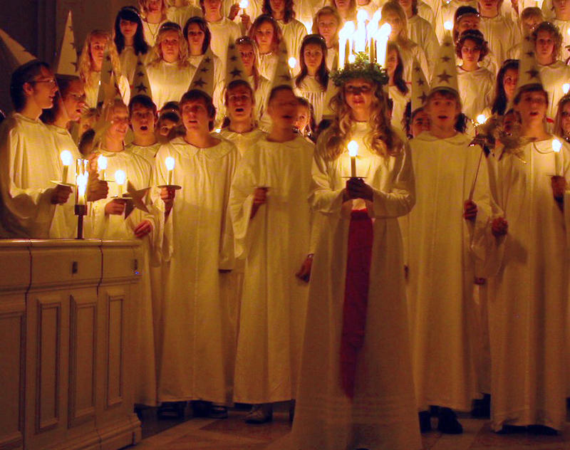 "KC 72 - Winter Holiday Week! Wednesday: ""Santa Lucia,"" celebrating St. Lucy. Interlochen Public Radio - classical music for kids!"