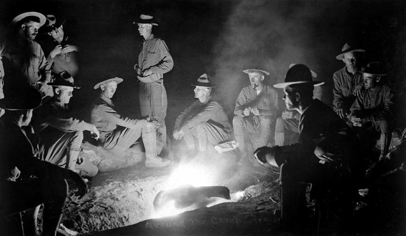 BATTALIA WEEK! Soldiers at a campfire