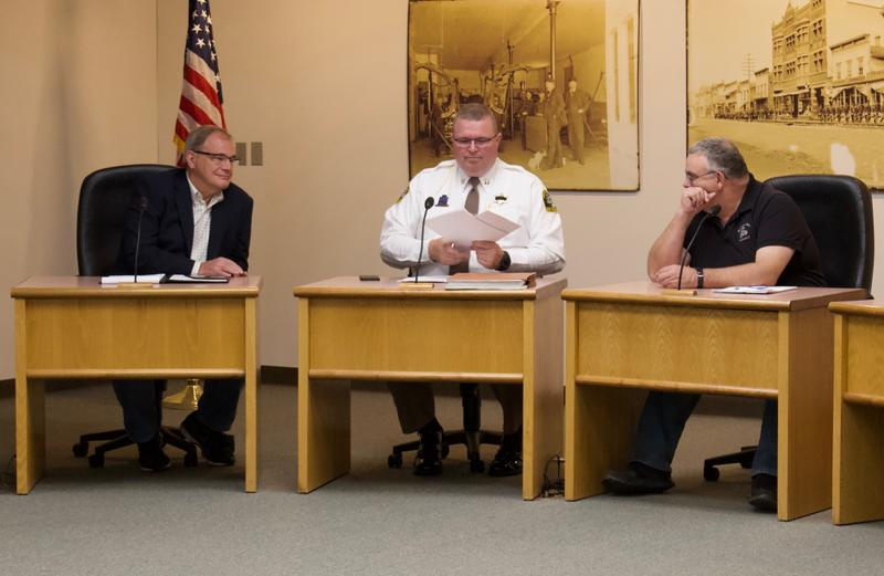 (From left to right) Former Judge Philip Rodgers, Jail Adminstrator Captain Todd Ritter and Committee Chair Sonny Wheelock all sit on a committee evaluating mental health services in the jail.