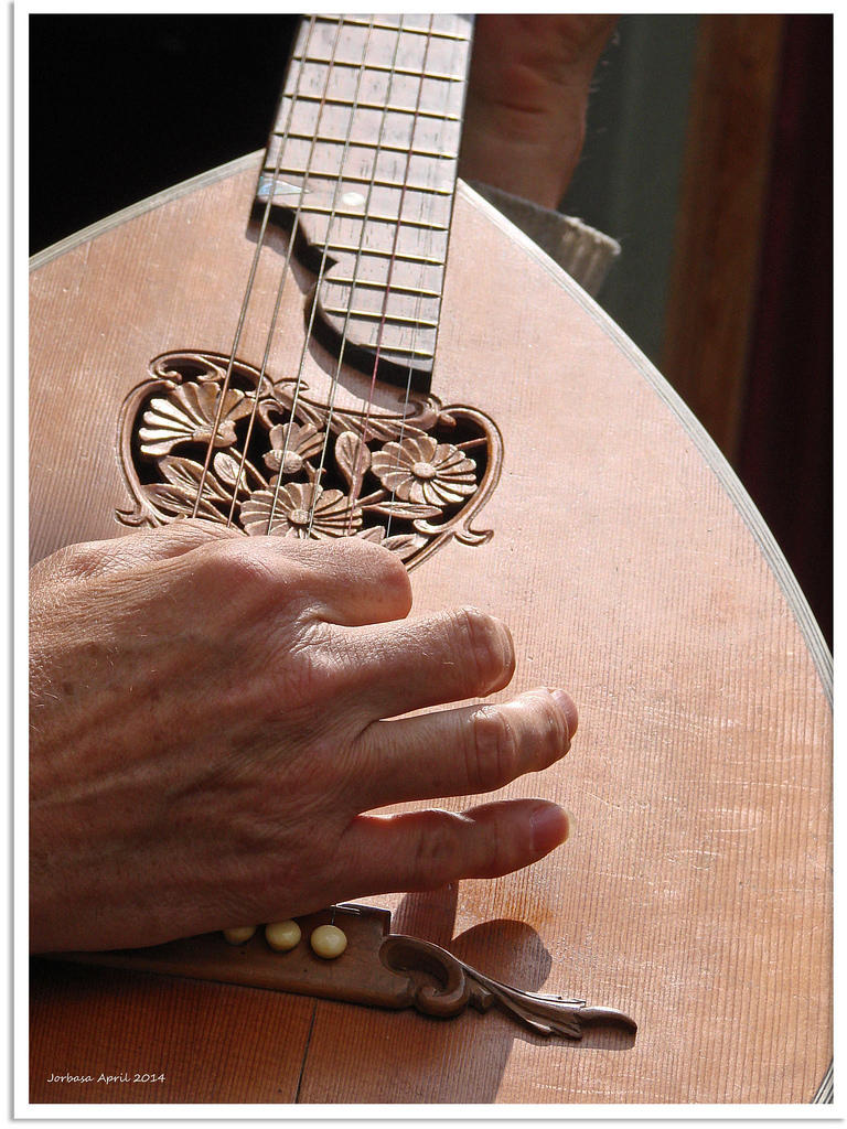 KC 251 - Guitar Week! Tuesday: Today, Sharon Isbin performs work of JS Bach for the lute.