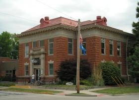 The Macomb Public Library