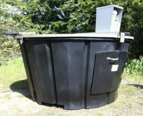 The same type of composting system that WIU uses. (Not WIU's actual unit.)
