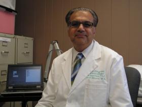 Dr Anil Dhuna